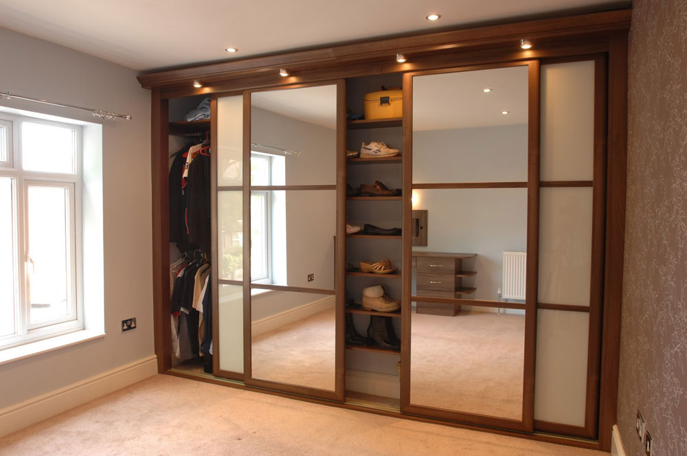 Interesting closet doors ideas types of doors you can use for Sliding door options