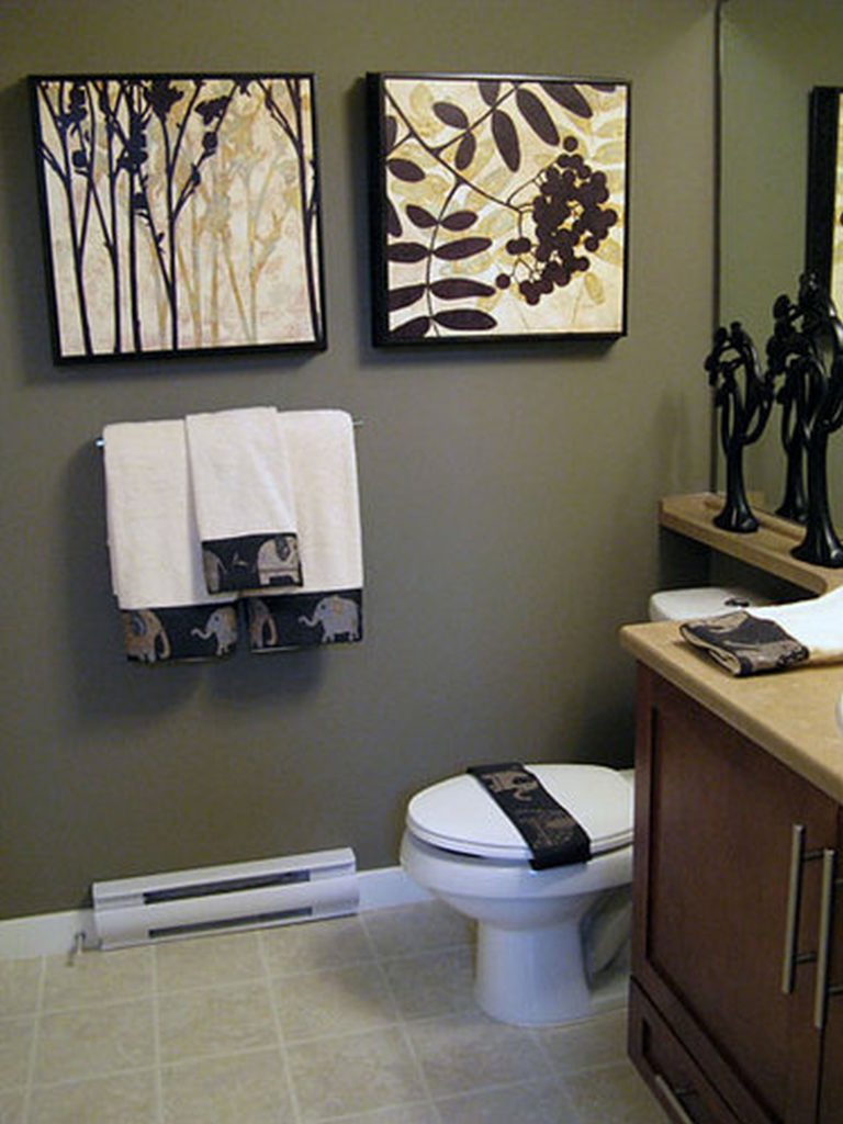 Effective bathroom decorating ideas at an affordable for Bathroom themes
